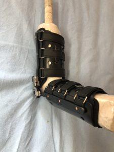 両肘関節用、屈曲拘縮矯正装具